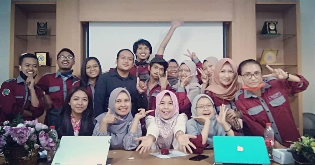 Tingkatkan Pelayanan Rekam Medis di Era Covid 19 , Himarmika Unjani Yogyakarta beserta Prodi RMIK Unjani Yogyakarta Gelar Seminar Nasional Online dan Donasi Covid-19